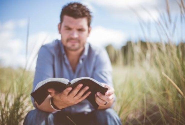 SŁOWO od Prezbitera – Kim jest biblijny Jezus Chrystus?